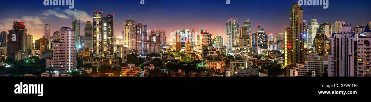 City of Bangkok, Sukhumvit skyline night shot panorama - Stock Image