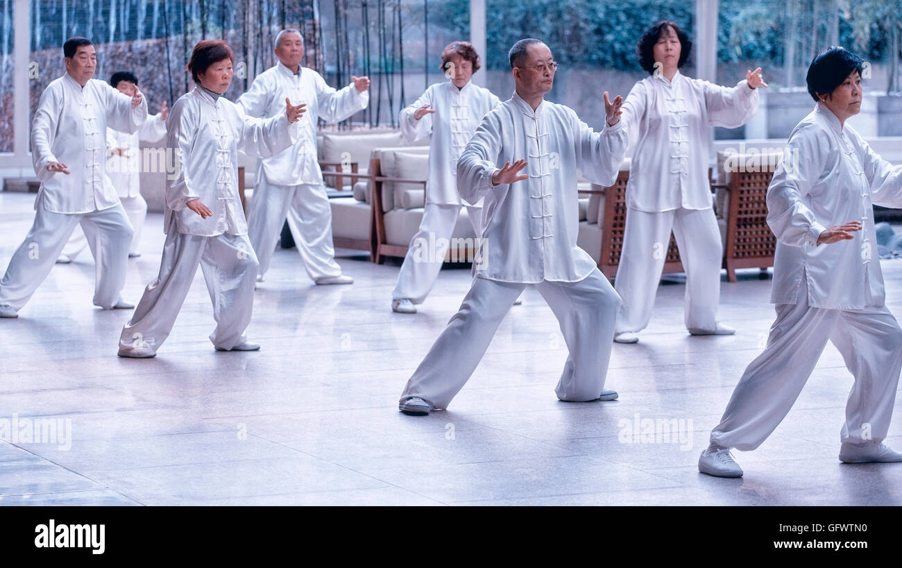 Tai-Chi exercise in Shanghai, China - Stock Image