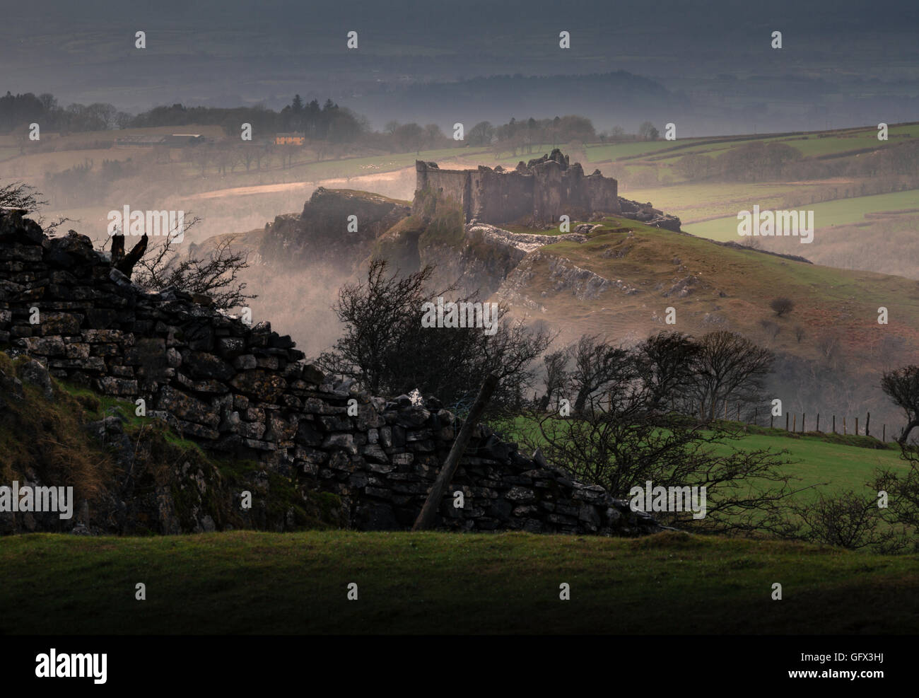 Carreg Cennen Castle - Stock Image