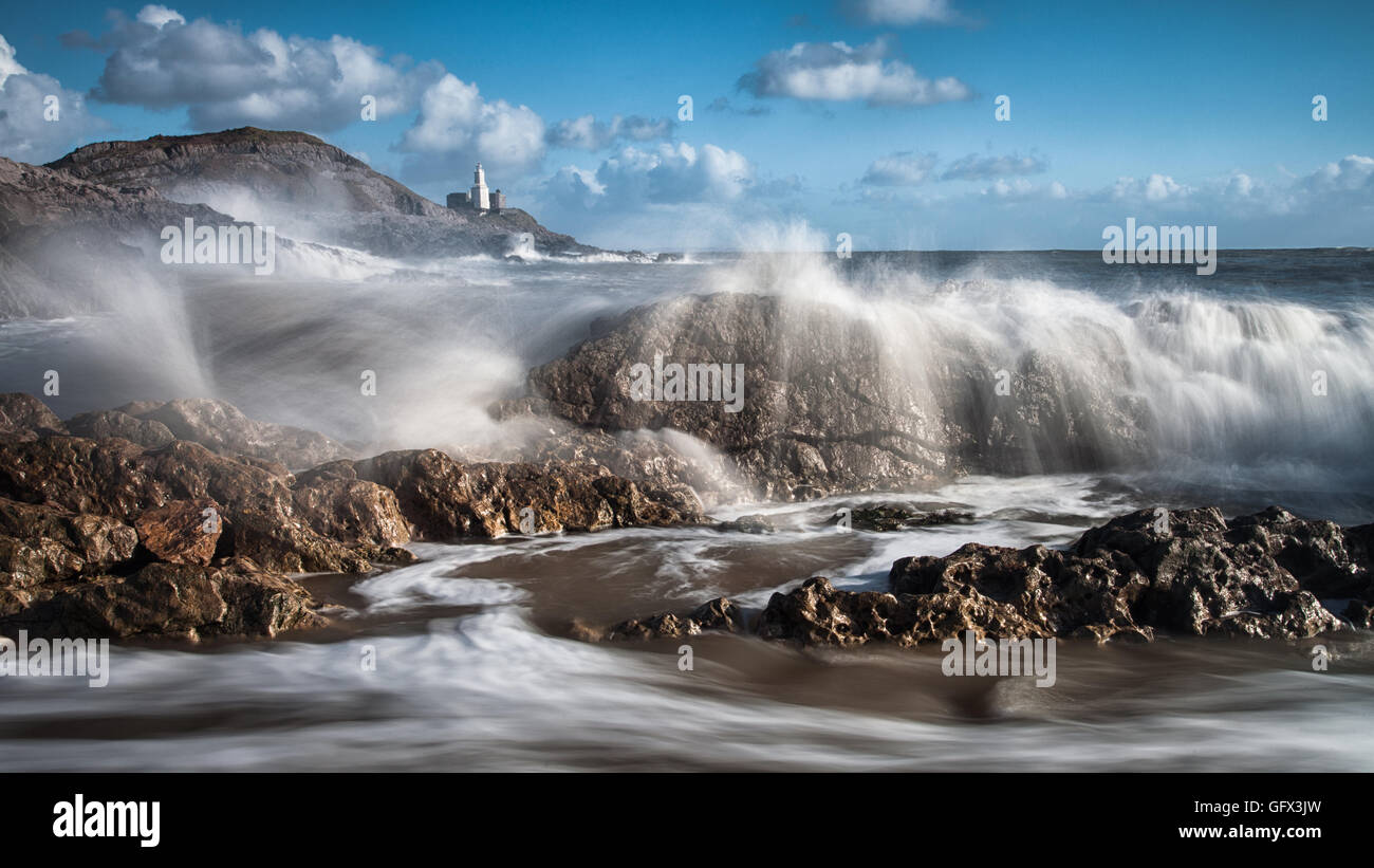 Crashing waves - Stock Image