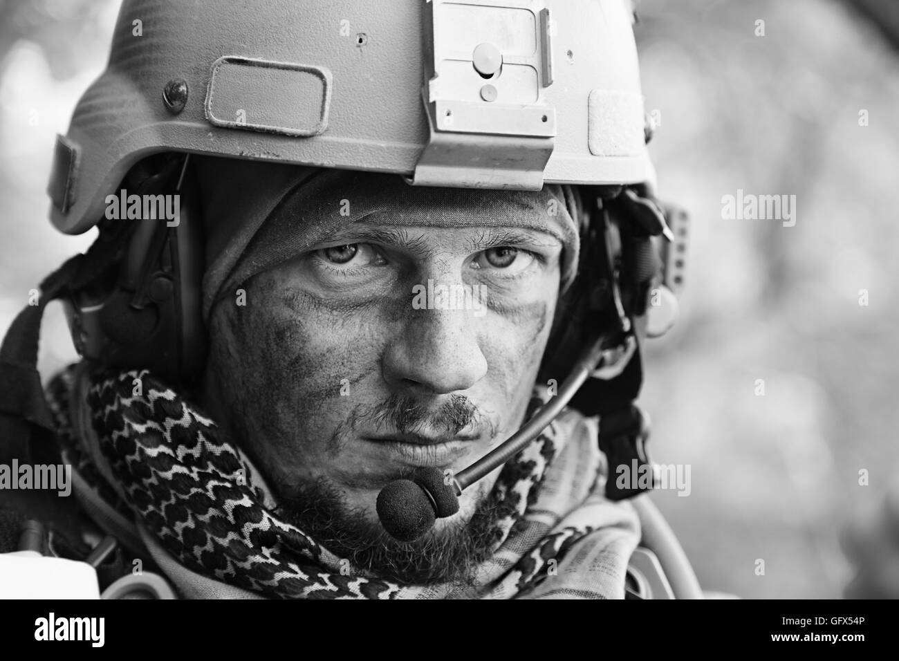 e6490eee255f Army Green Black and White Stock Photos   Images - Alamy