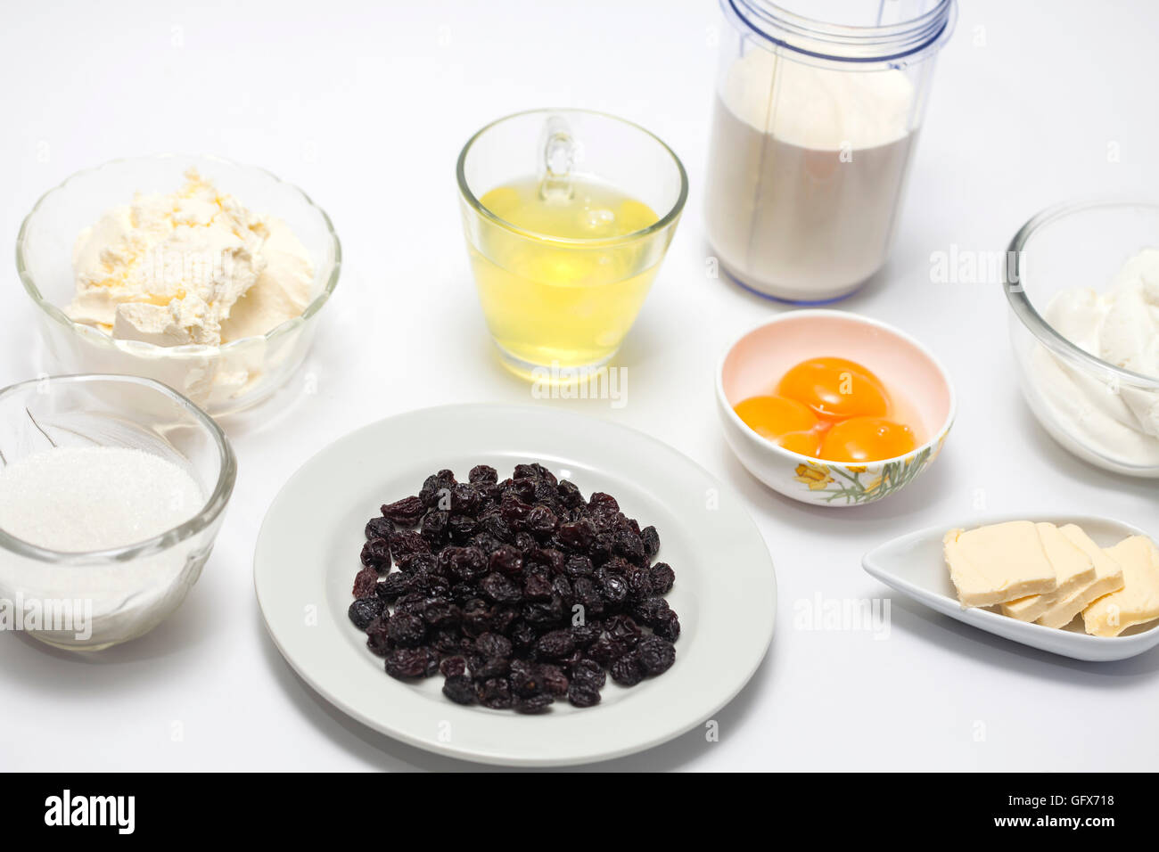 Ingredients to prepare the filling for the topfen füllen - Stock Image