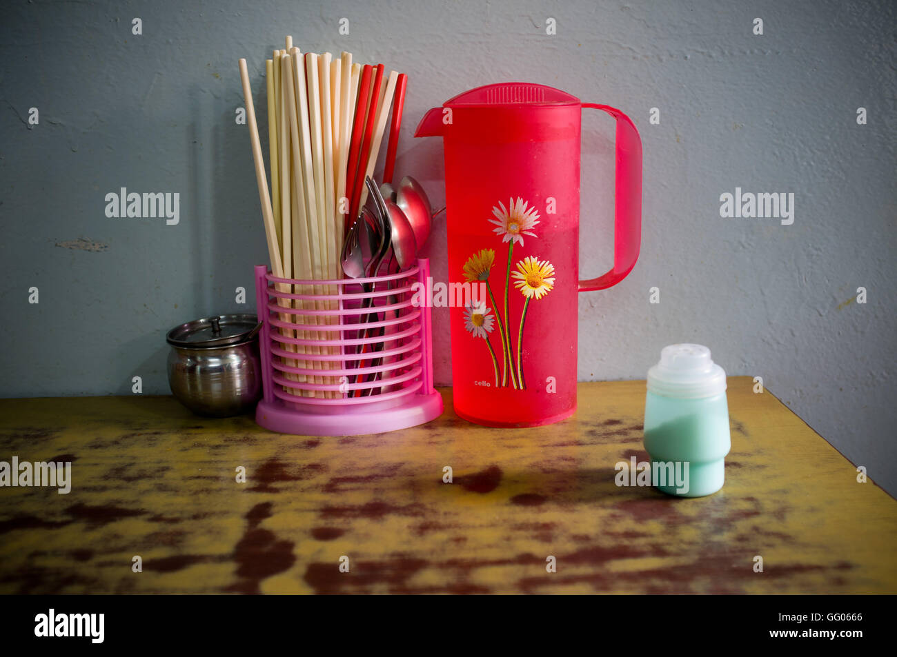 Dharamsala, Himachal Pradesh, India. 14th May, 2013. File Image - Chopsticks and cutlery ready on the table of a - Stock Image