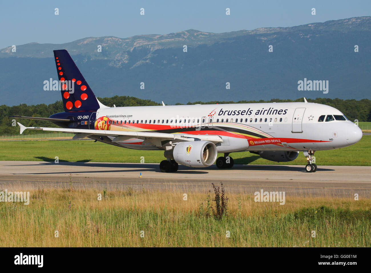 Genf/Switzerland August 23, 2015: A320 from Brussel Airways with 'Belgian Red Devils' colours at Genf Airport. - Stock Image