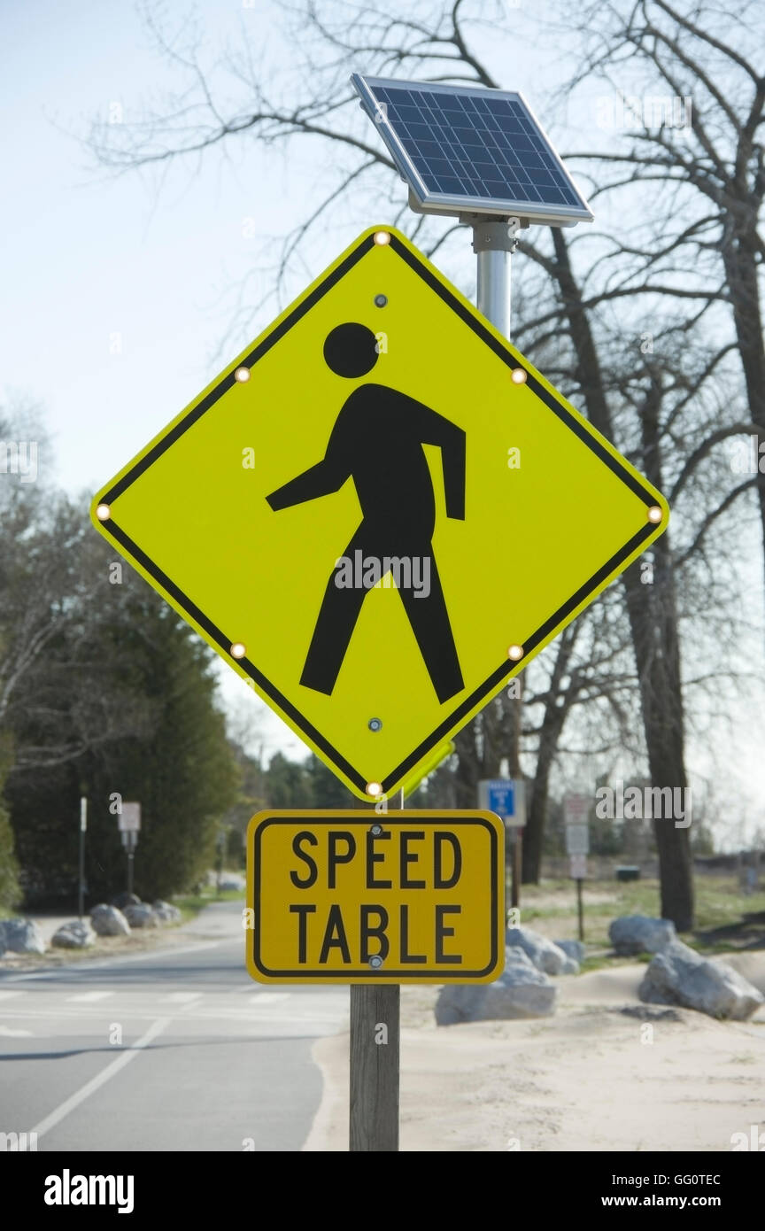 Solar Powered Speed Sign Stock Photos Amp Solar Powered