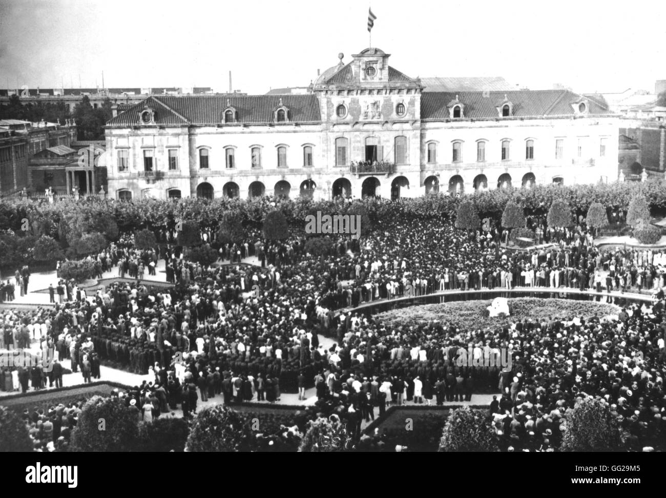 In Catalonia, the extremist movement demonstrating in front of the Parliament of Barcelona June 1934 Spain Stock Photo
