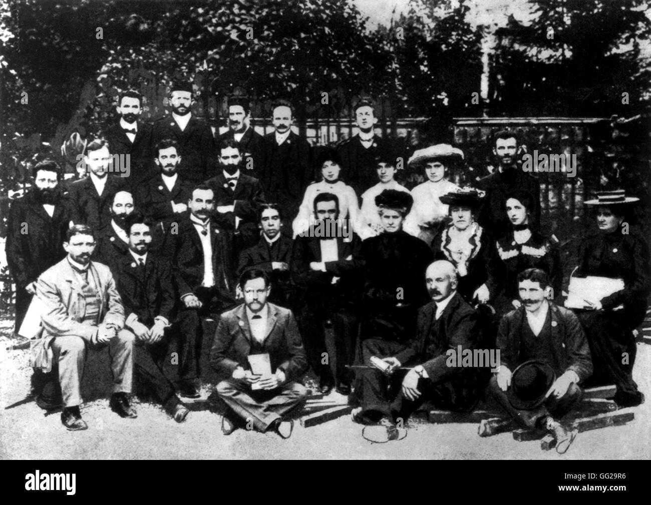 Herzl with delegate members from the 6th Zionist congress 1903 Zionism Stock Photo