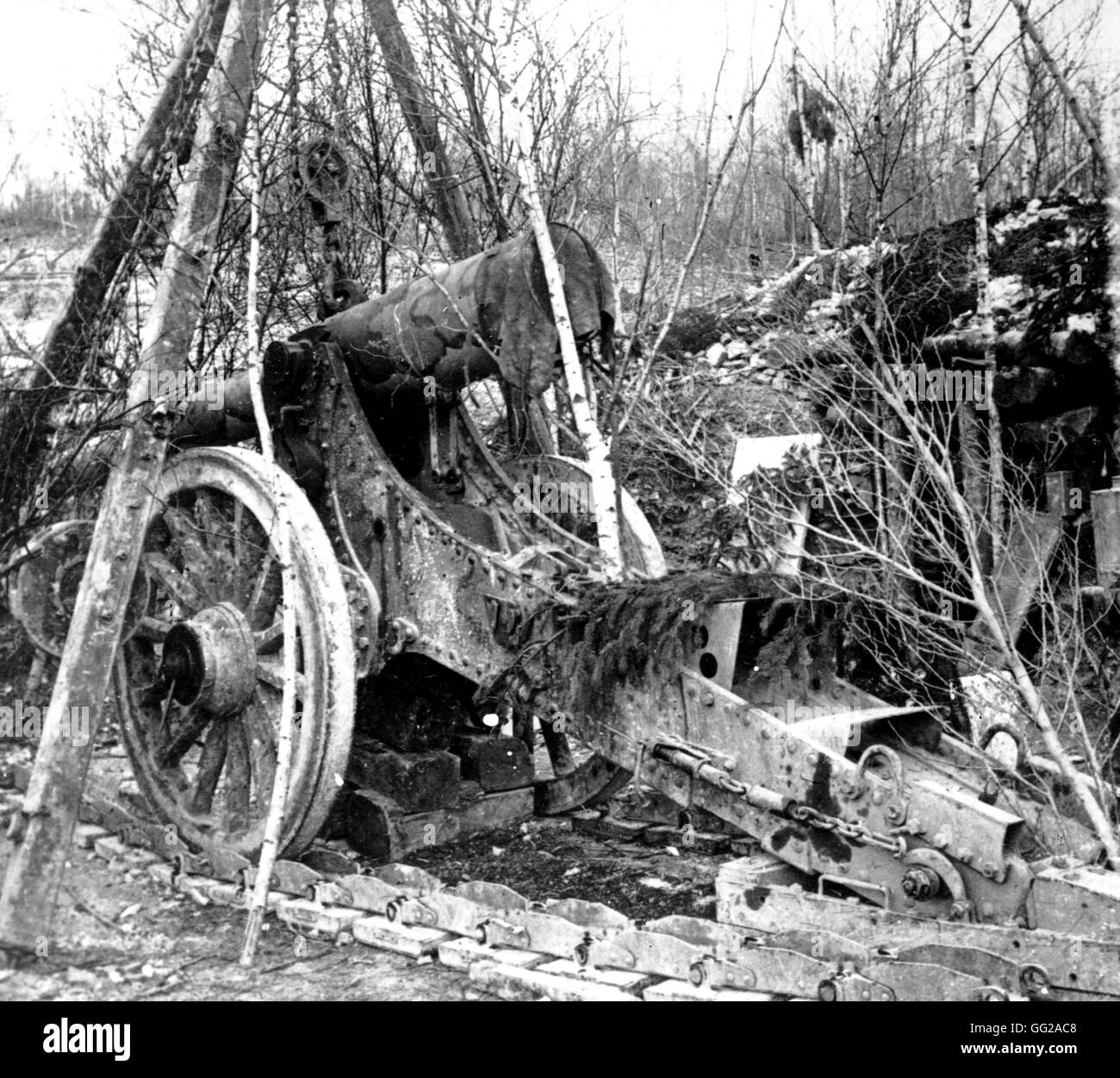 155 mm cannon in the Bois Bouver March 20, 1916 World War I - France Vincennes. War Museum - Stock Image