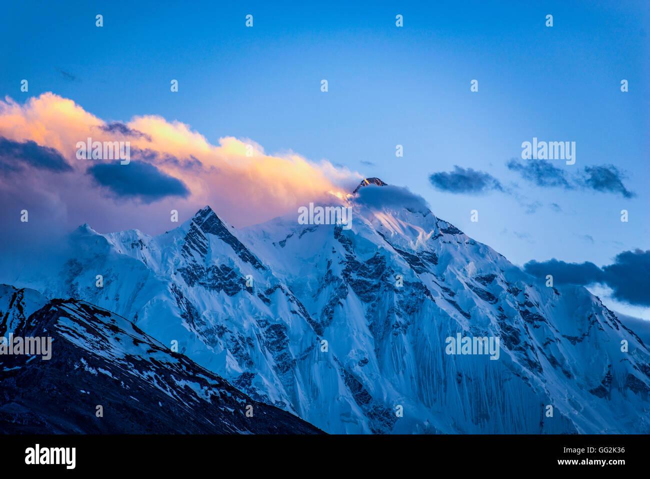 Sunset in the Karakorum mountains - Stock Image