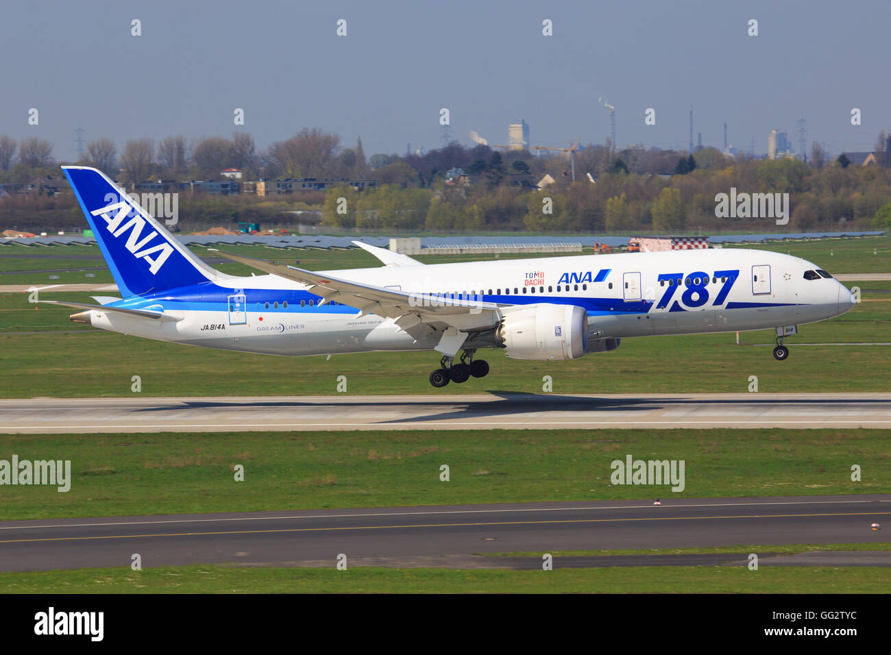 Düsseldorf/Germany April 9, 2016: Boeing 787 from ANA taxing at Düsseldorf Airport - Stock Image