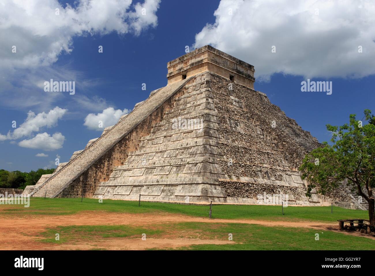 The historic Mayan site of Chichen Itza on the Yucatan Peninsula of Mexico, Central America. - Stock Image