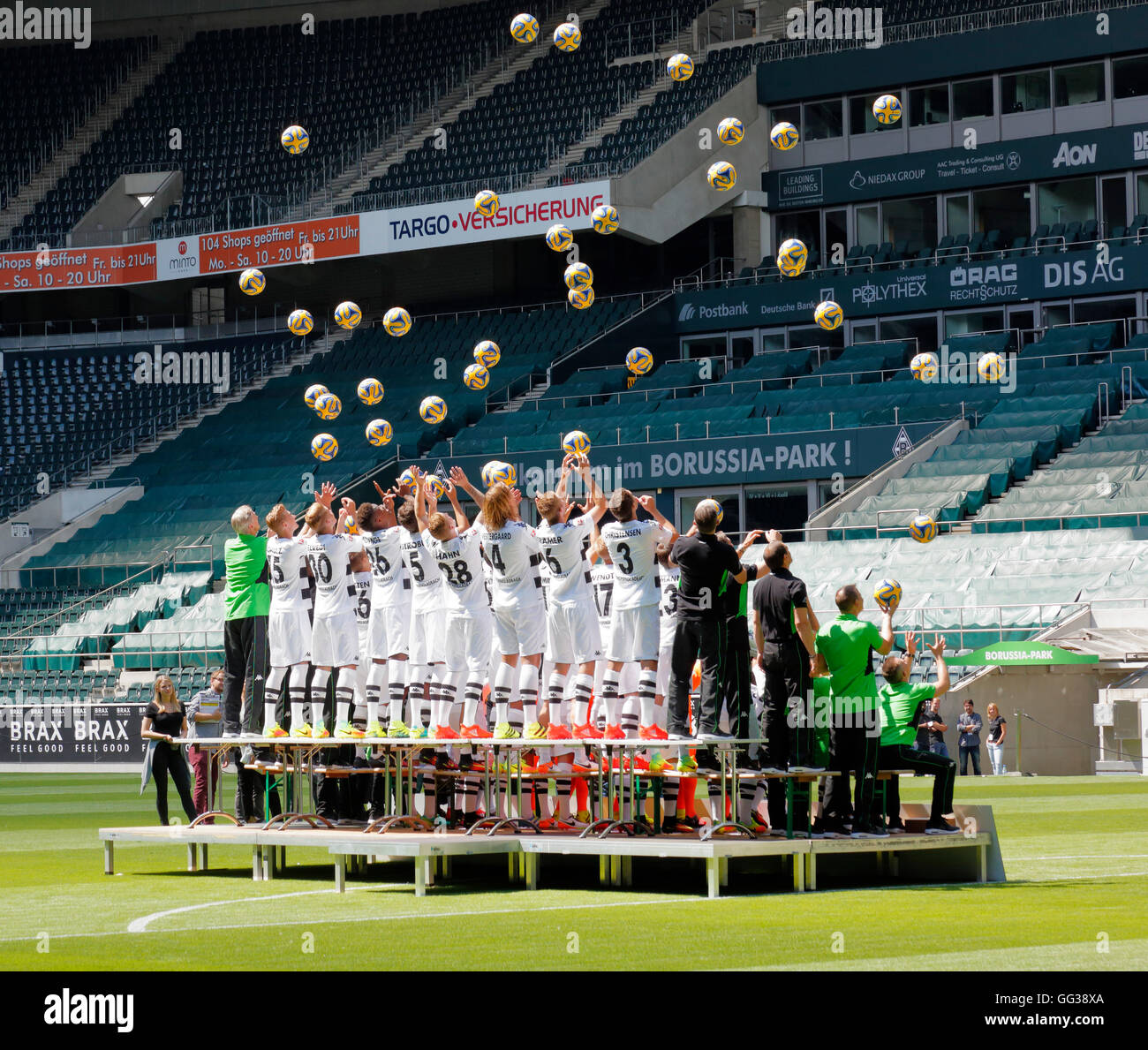 football, Bundesliga, 2016/2017, team shot of Borussia Moenchengladbach, press photo shooting, football players - Stock Image