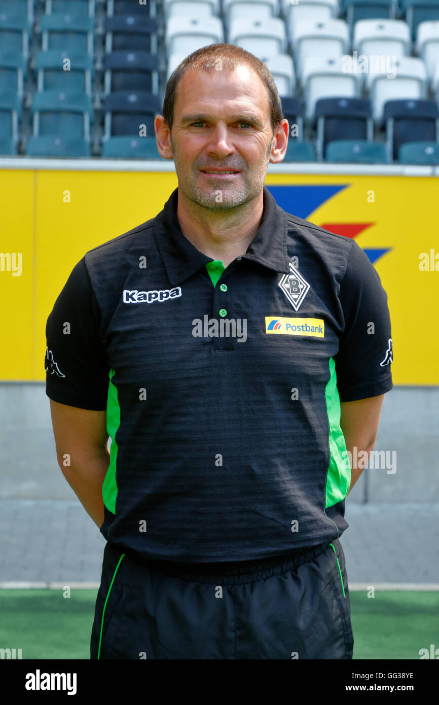 football, Bundesliga, 2016/2017, Borussia Moenchengladbach, press photo shooting, portrait, assistant coach Manfred - Stock Image