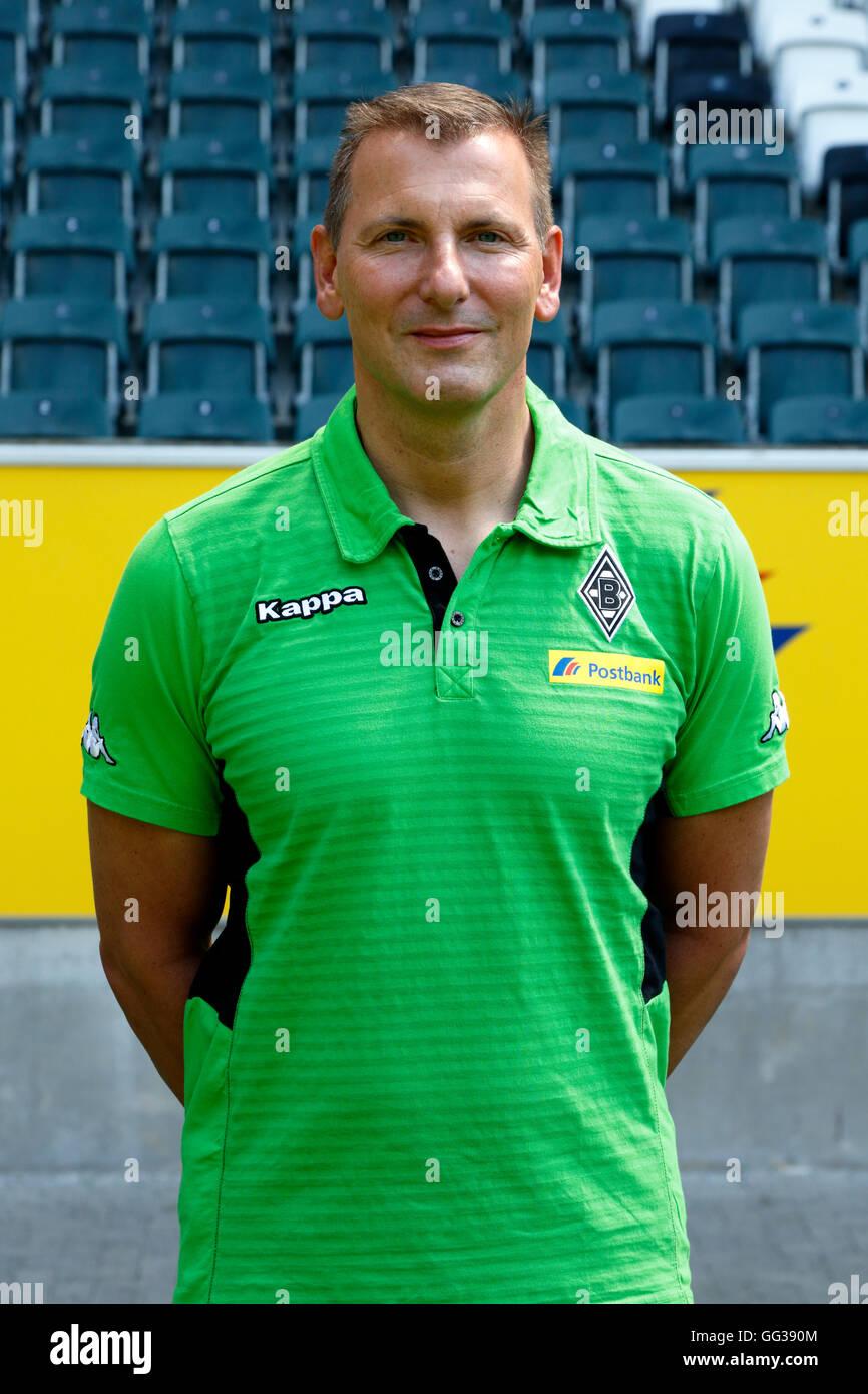 football, Bundesliga, 2016/2017, Borussia Moenchengladbach, press photo shooting, portrait, physiotherapist Dirk - Stock Image