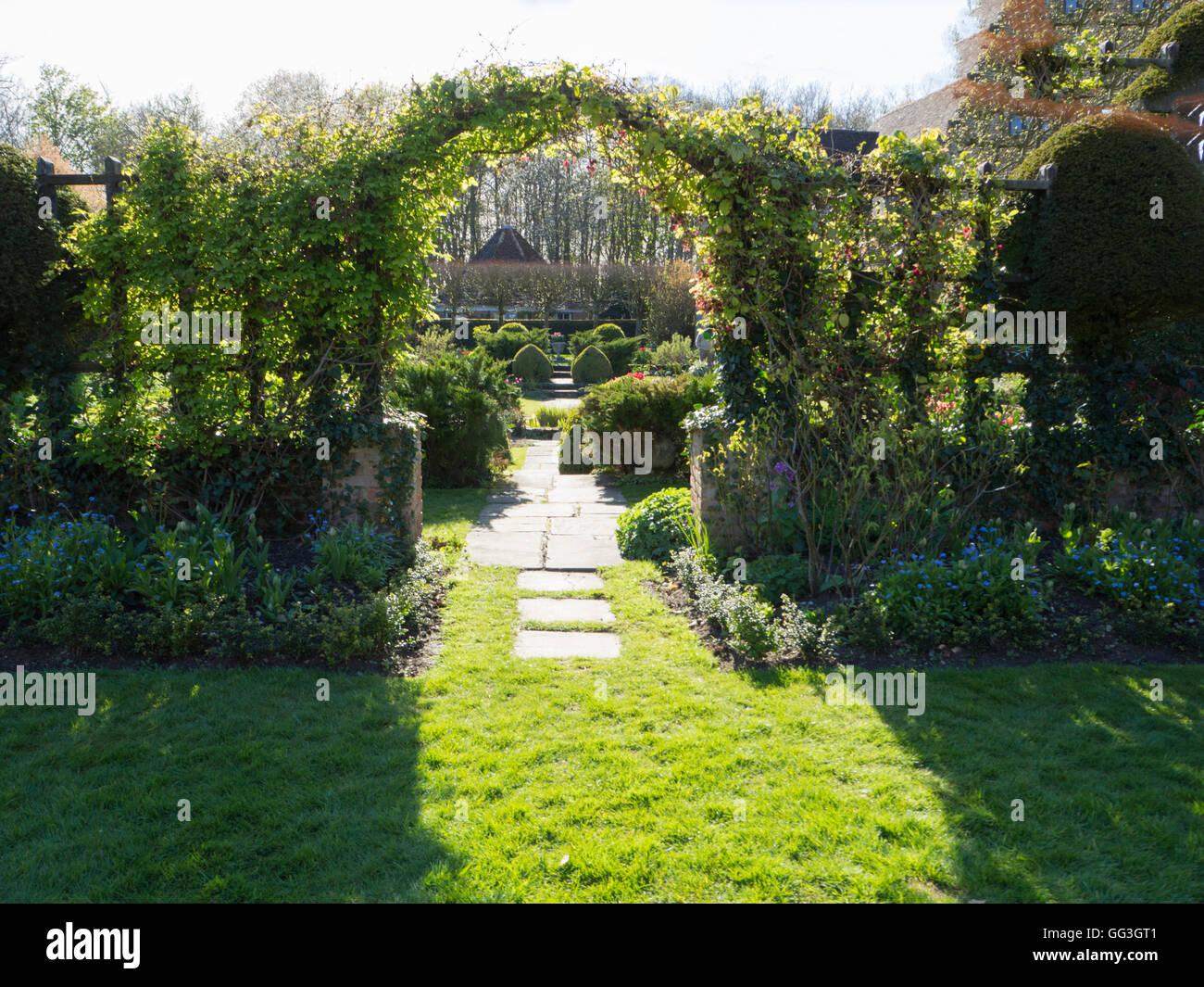 Garden Trellis Arch Stock s & Garden Trellis Arch Stock