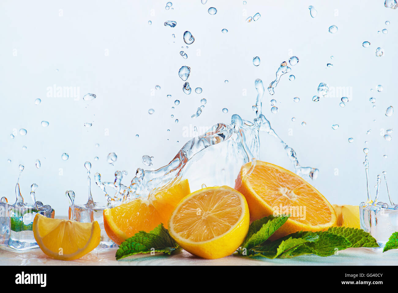 Zero gravity oranges - Stock Image