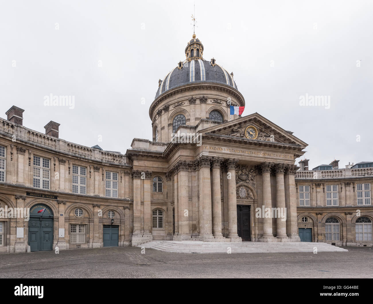 Paris, France March 26, 2016: Institut de France facade on an overcast day - Stock Image