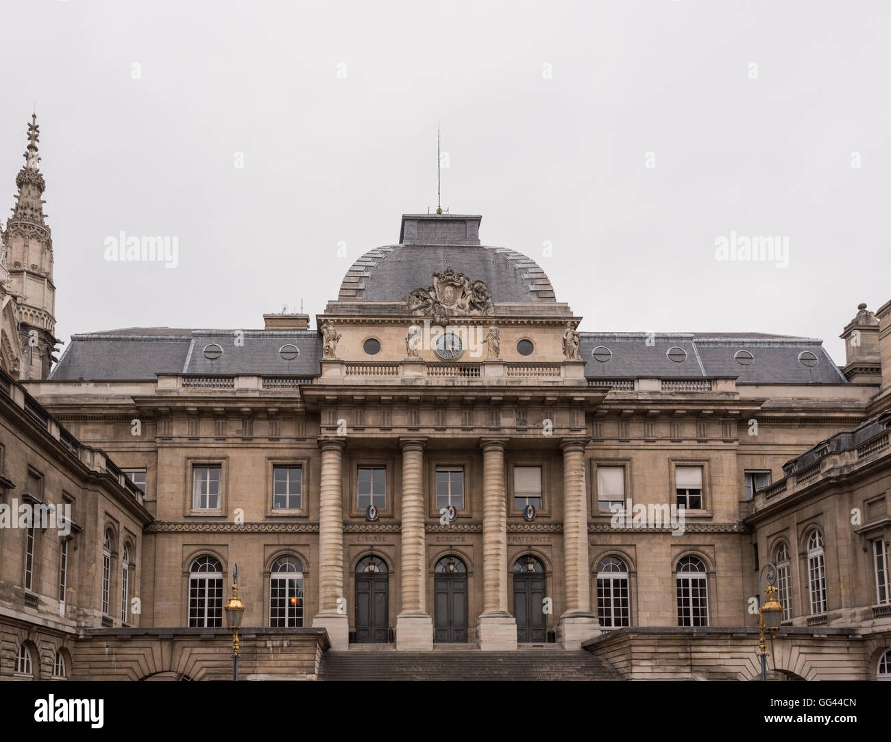 Paris, France March 26, 2016: Paris courthouse facade on an overcast day - Stock Image
