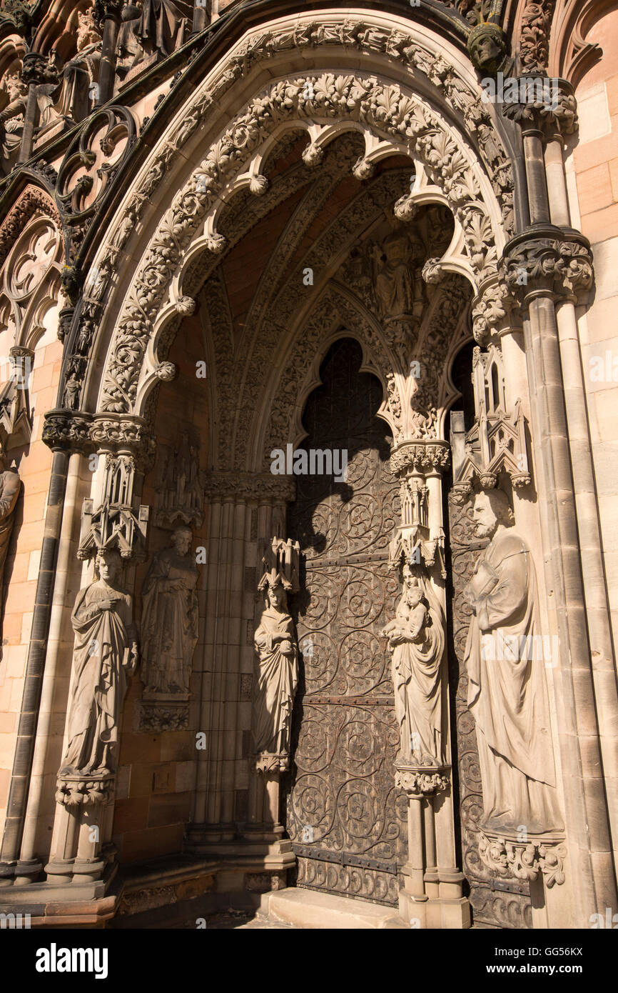 UK, England, Staffordshire, Lichfield, The Close, Cathedral, statues around west door - Stock Image