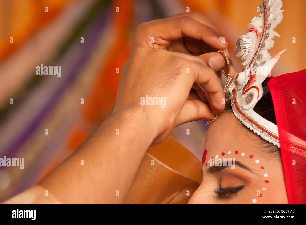 Bengali Brides Stock Photos & Bengali Brides Stock Images - Alamy