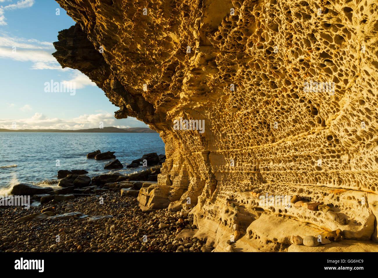 Undercutting Stock Photos & Undercutting Stock Images - Alamy