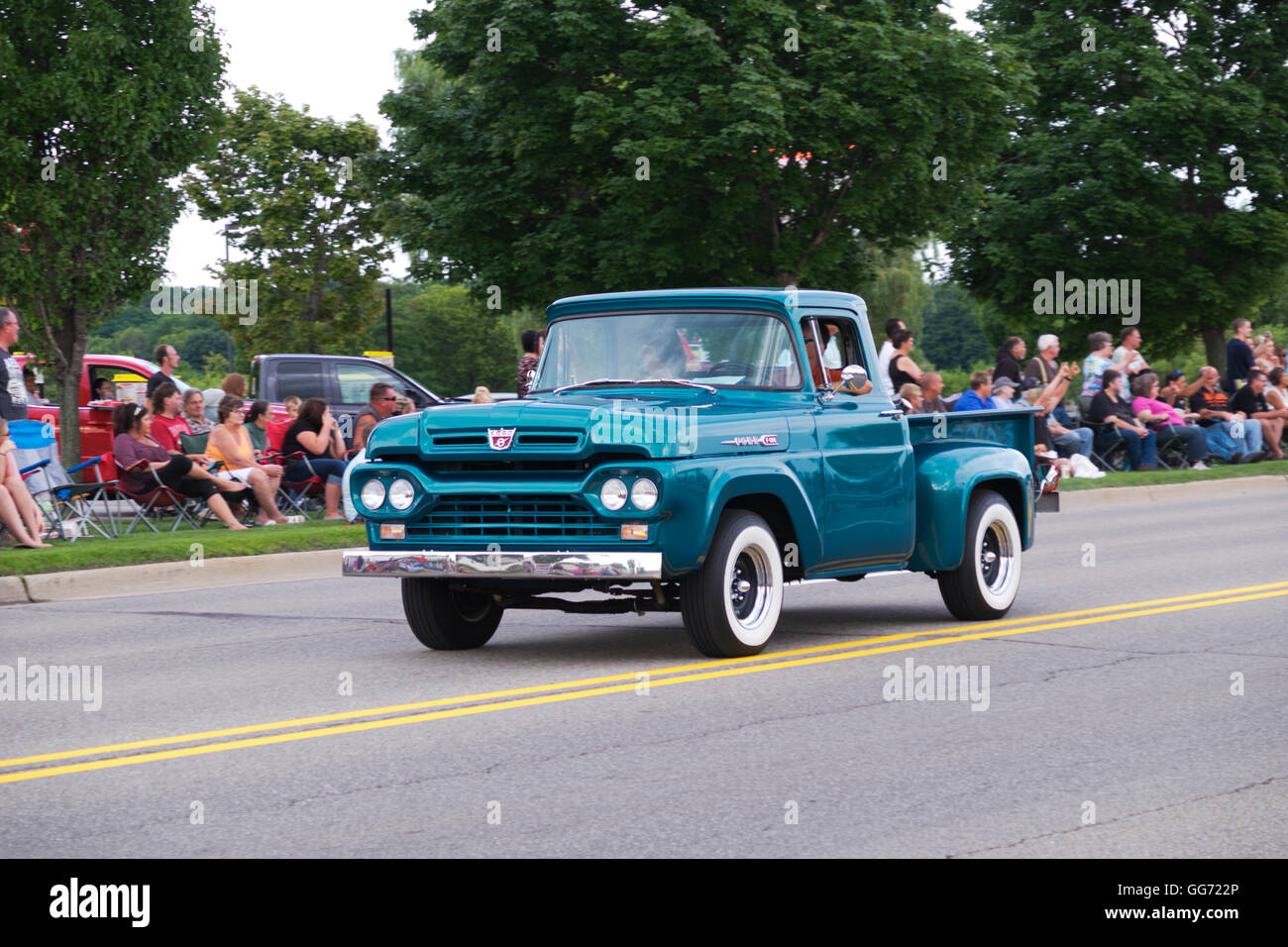 1955 Ford F100 Stock Photos Images Alamy Pick Up For Sale Truck Participates In The 2016 Annual Cruz Antique And Vintage