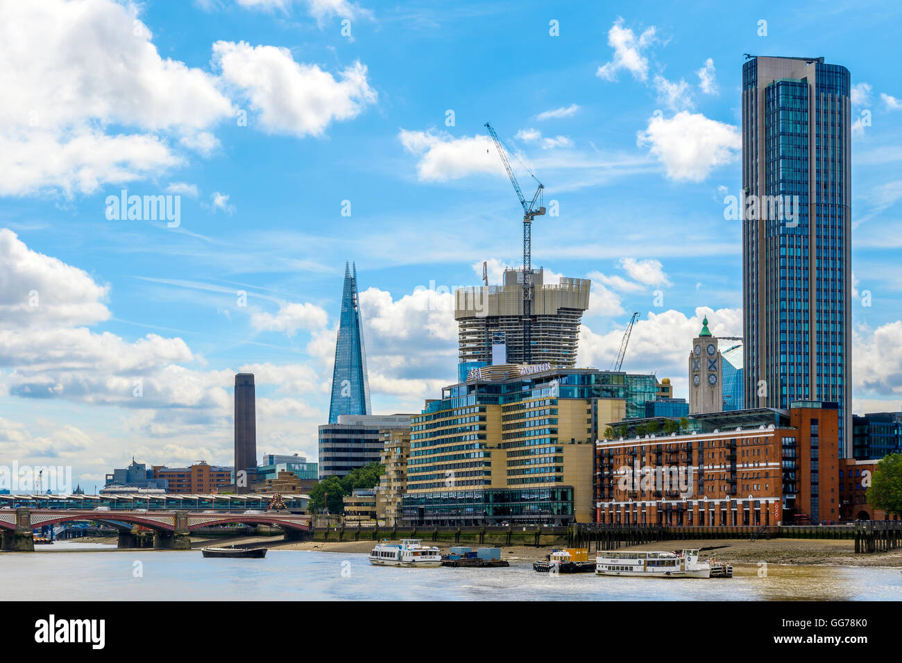London cityscape including Blackfriars Railway Bridge, Tate Modern, The Shard, Sea Container House, OXO Tower and - Stock Image