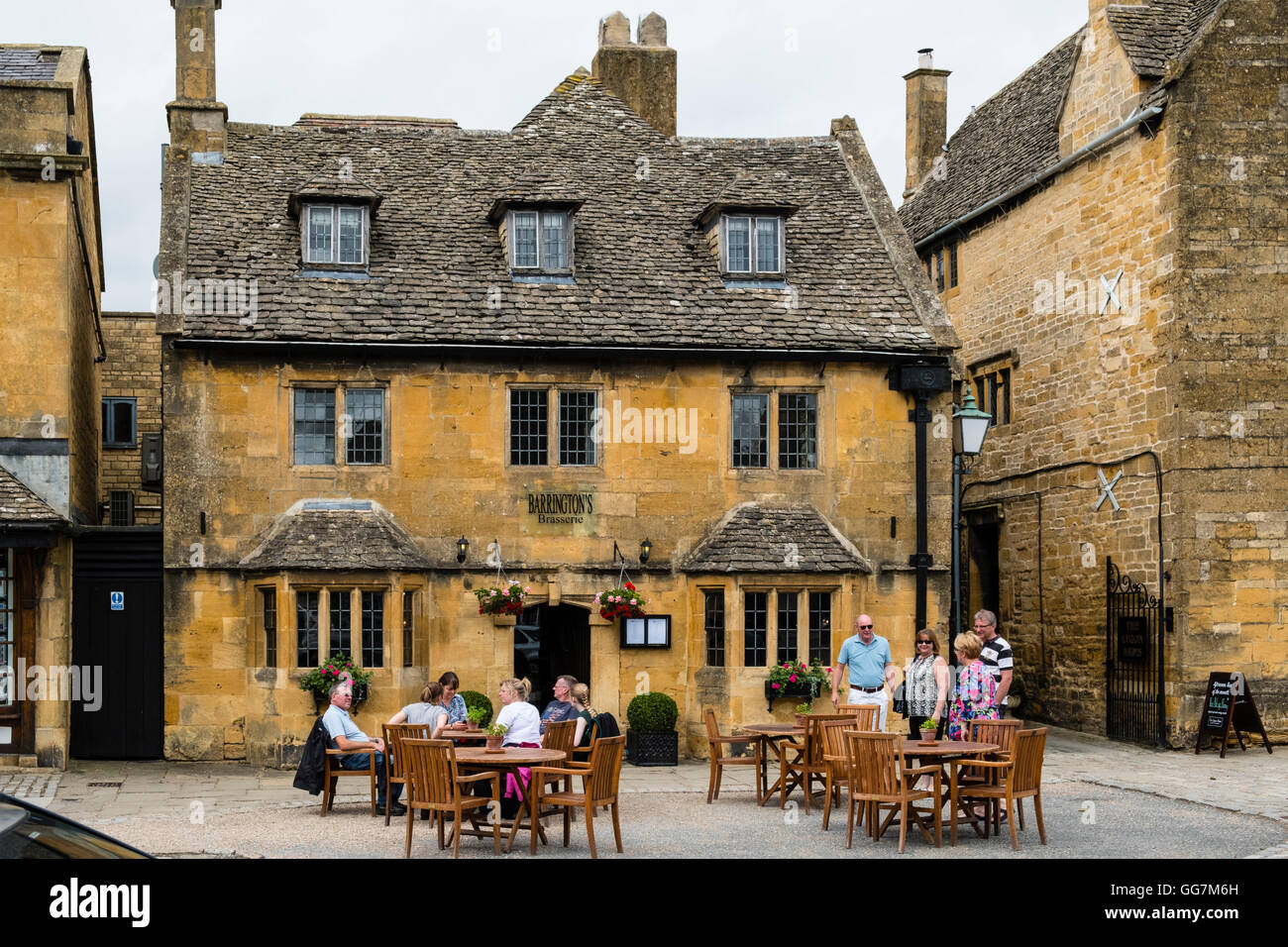 Barrington's Brasserie pub in village of Broadway in the Cotswolds Worcestershire, in England, United Kingdom - Stock Image