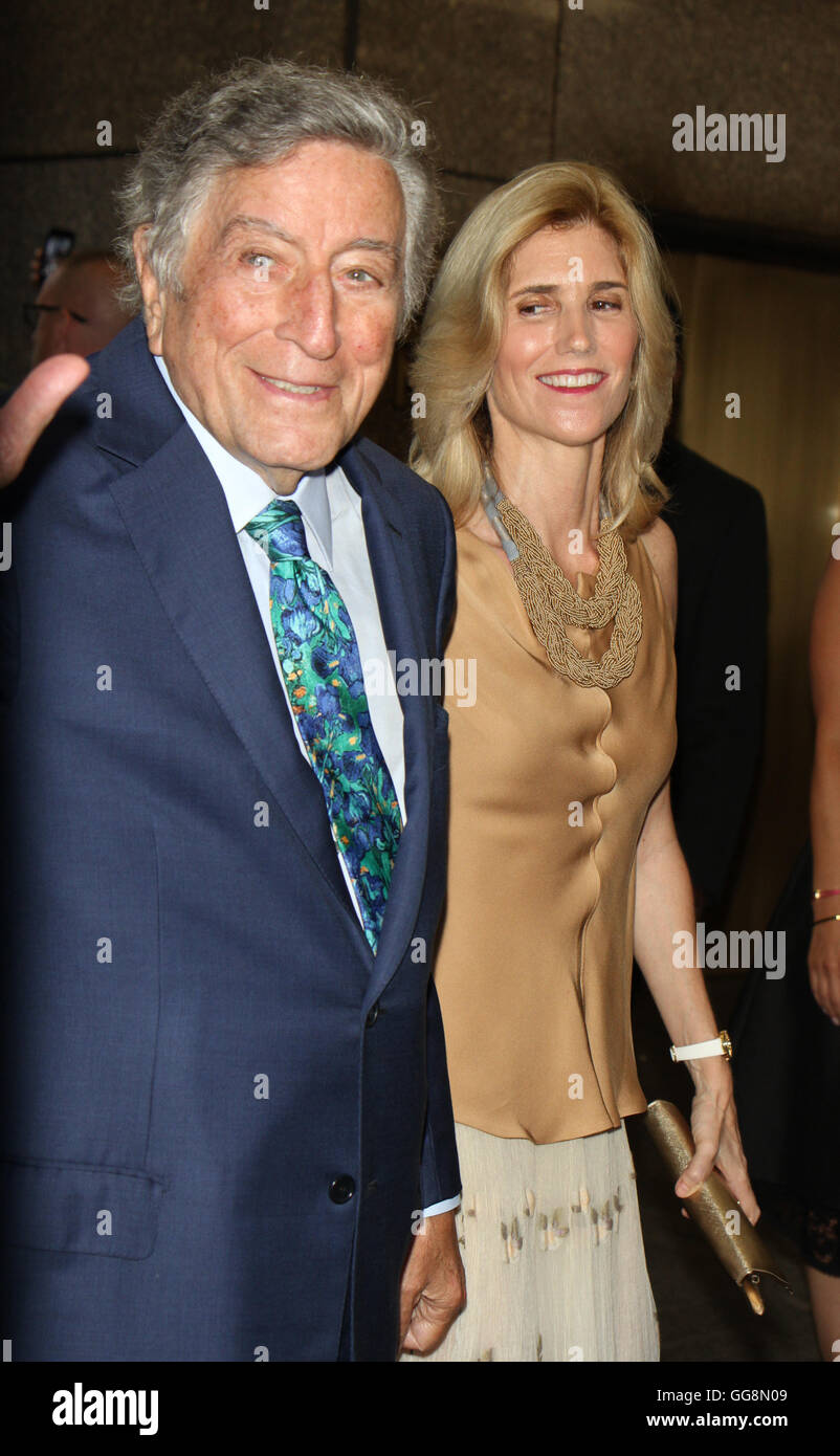 New York, USA. 3rd August, 2016. Tony Bennett, Susan Crow at Tony Bennett Birthday party in honor of 90 years of - Stock Image