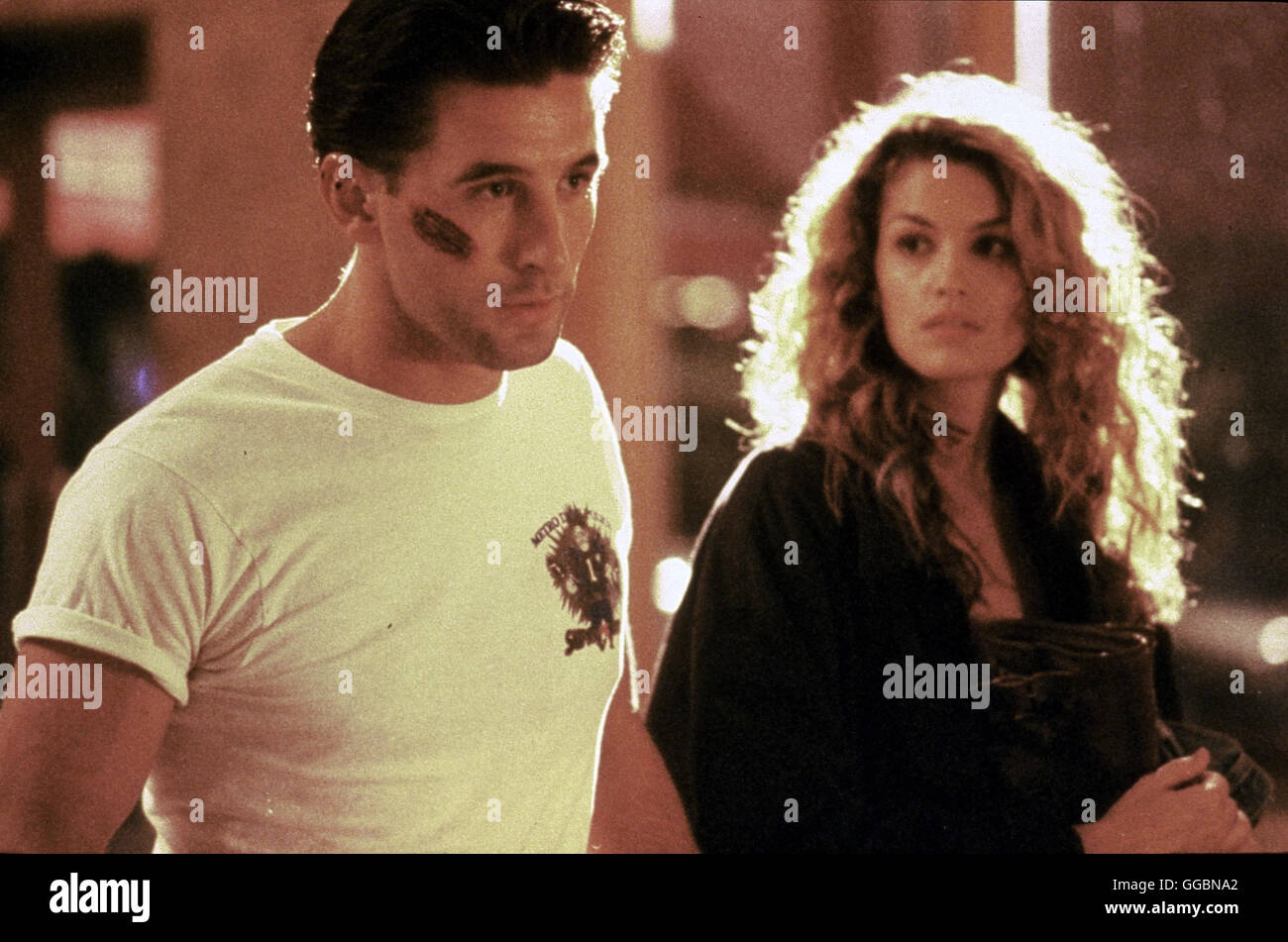 FAIR GAME / Fair Game USA 1995 / Max (WILLIAM BALDWIN) und Kate (CINDY CRAWFORD) werden von KGB-Agenten gejagt. - Stock Image