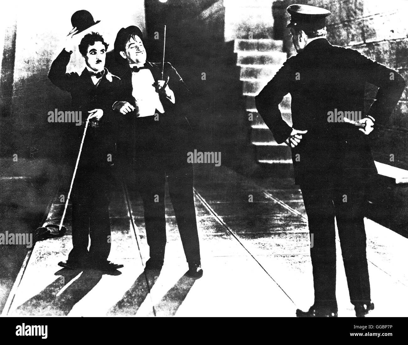 LICHTER DER GROßSTADT / Lichter der Grossstadt City Lights USA 1931 / Charles Chaplin Landstreicher Charlie - Stock Image