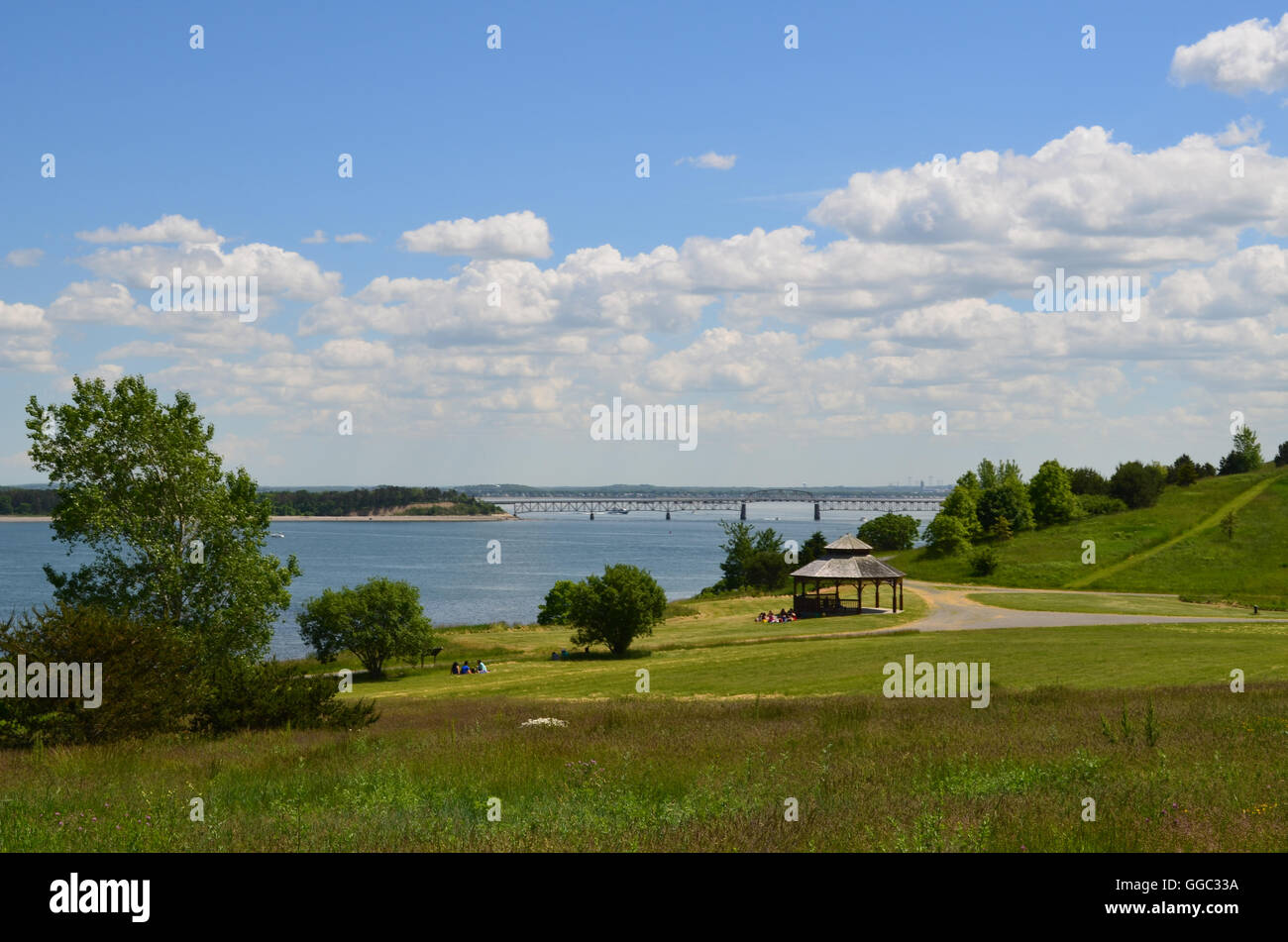 Amazing views of hiking paths and sunny Spectacle Island in Boston Harbor. - Stock Image