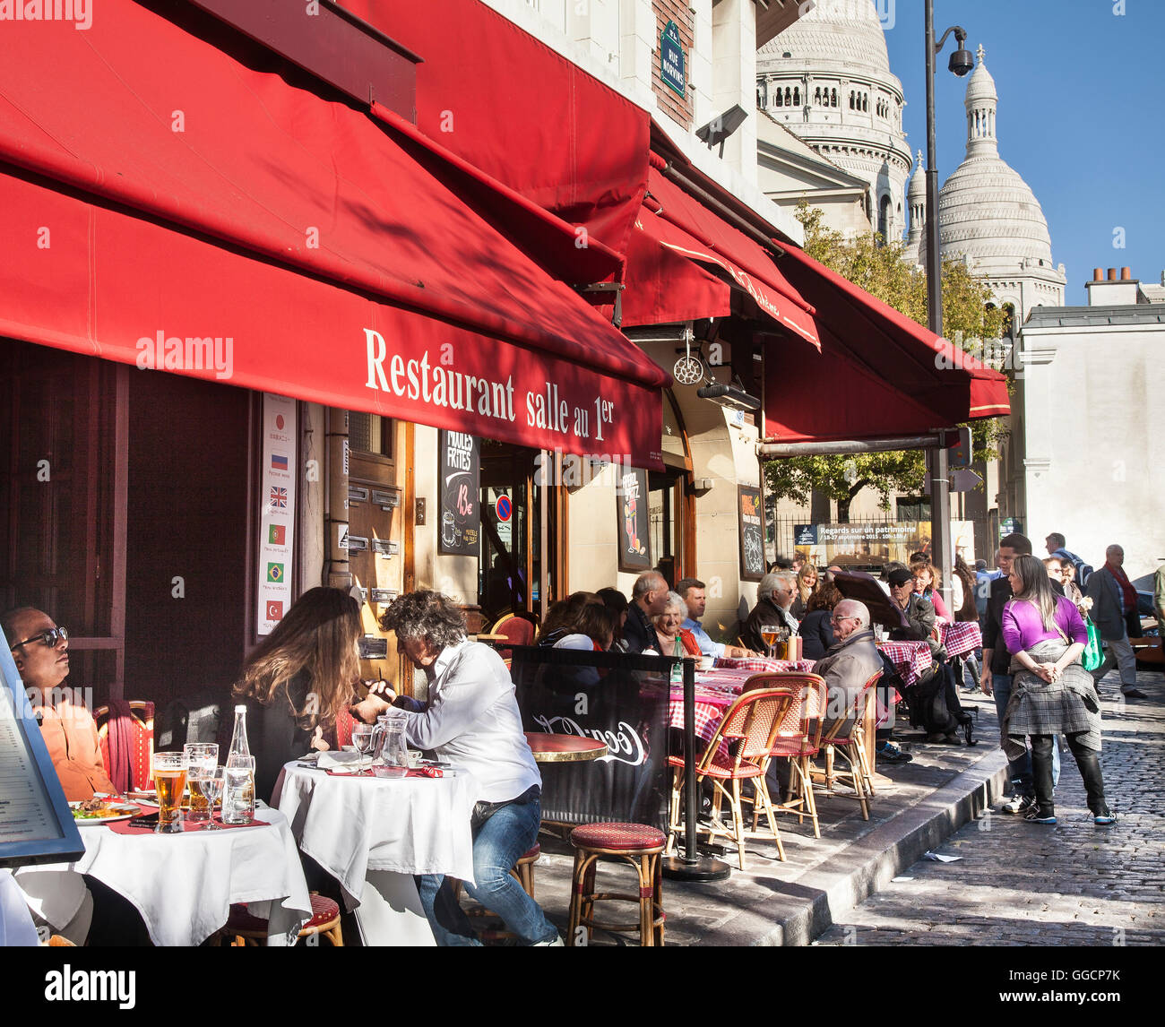 Cafe life in Paris at Montmartre - Stock Image