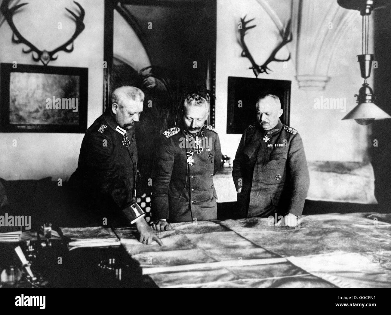 Generalfeldmarschall Paul von Hindenburg, Kaiser Wilhelm II, and General Erich Ludendorff.  Photo c.1917 - Stock Image