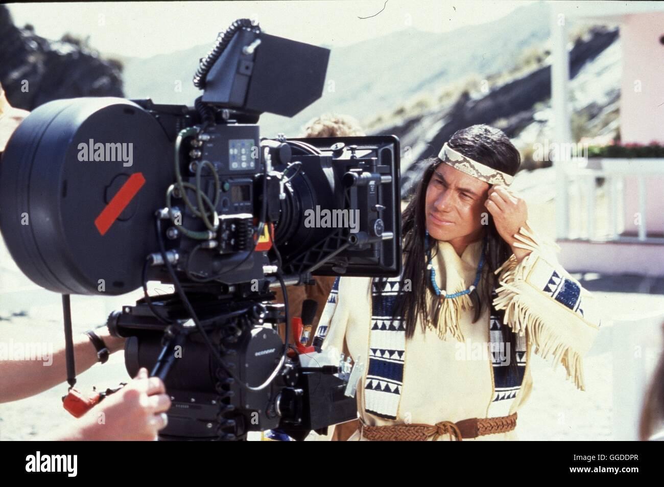 DER SCHUH DES MANITU / D 2001 / Michael 'Bully' Herbig Der Apachenhäuptling Abahachi und sein Blutsbruder Ranger Stock Photo