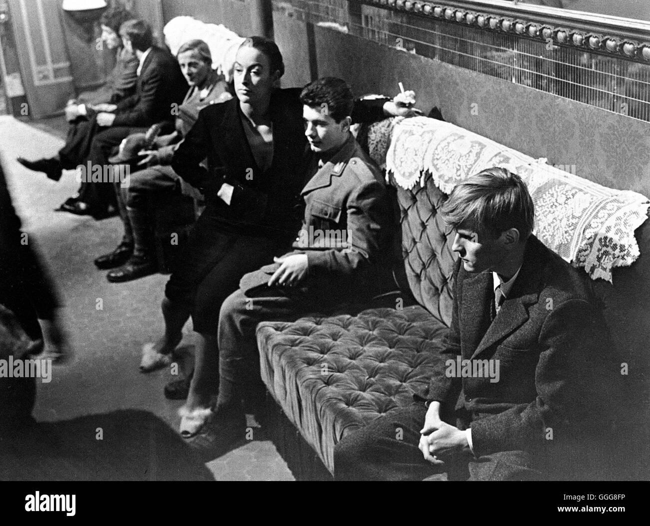 TAGEBUCH EINES SÜNDERS (GEHEIMES TAGEBUCH) / Cronaca familiare Italien 1962 / Valerio Zurlini Szene mit JACQUES Stock Photo