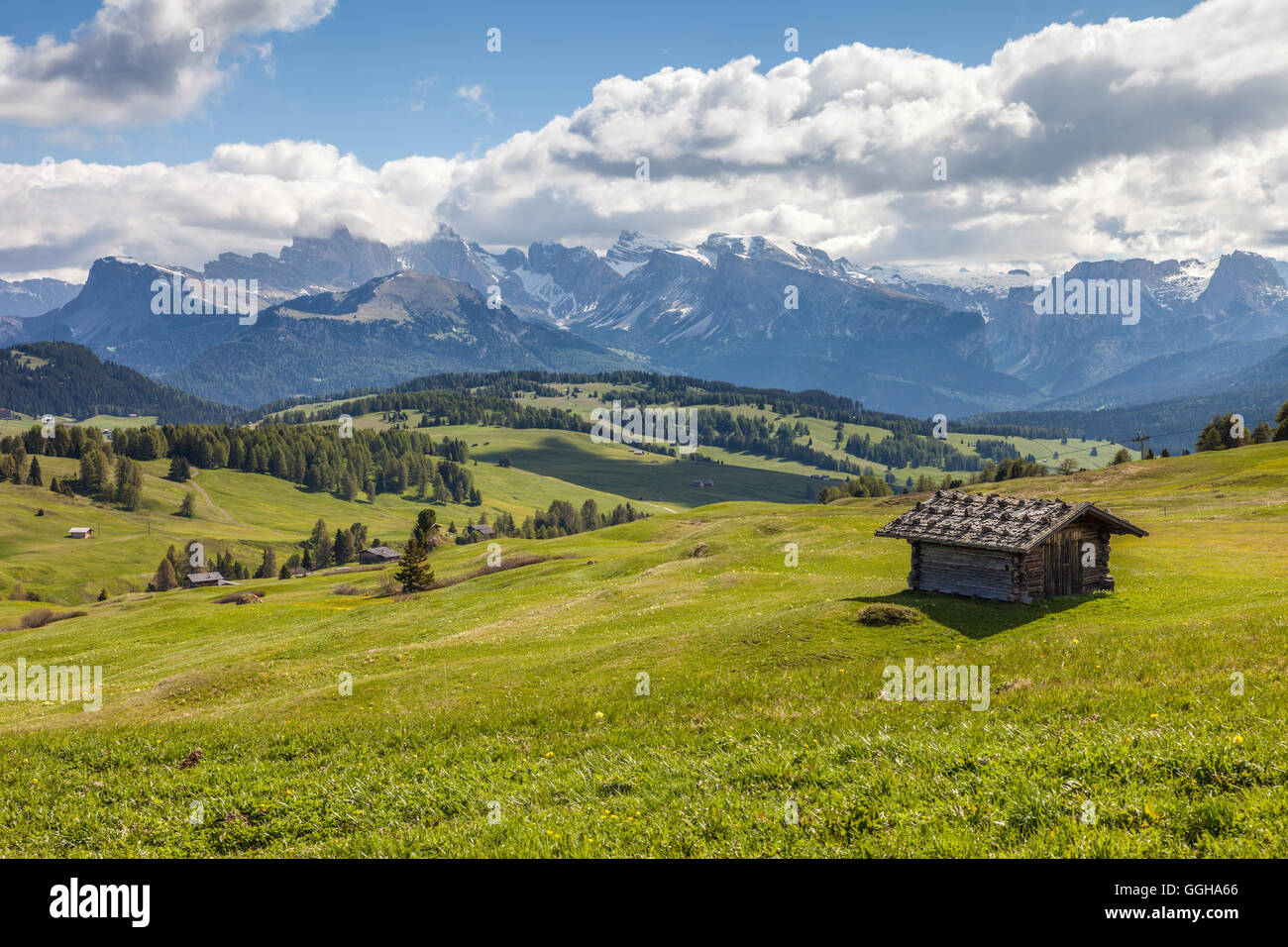 geography / travel, Italy, South Tyrol, Alm and alpine hut on the Seiser mountain pasture, Additional-Rights-Clearance - Stock Image