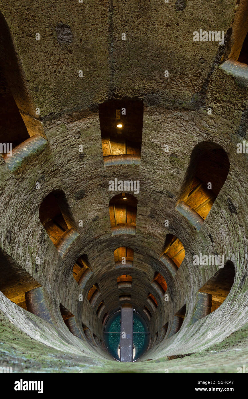 view downwards, Pozzo di San Patrizio, well, shaft, water supply from the 16th century, architecture, double helix - Stock Image