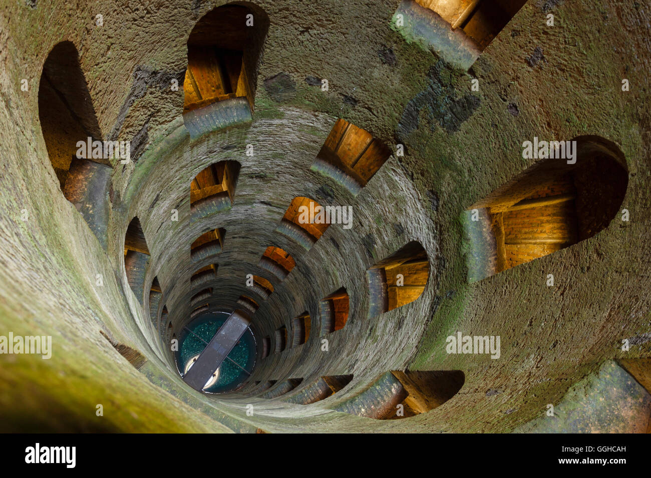 view downwards, Pozzo di San Patrizio, well, shaft, water supply, from the 16th century, architecture, double helix - Stock Image