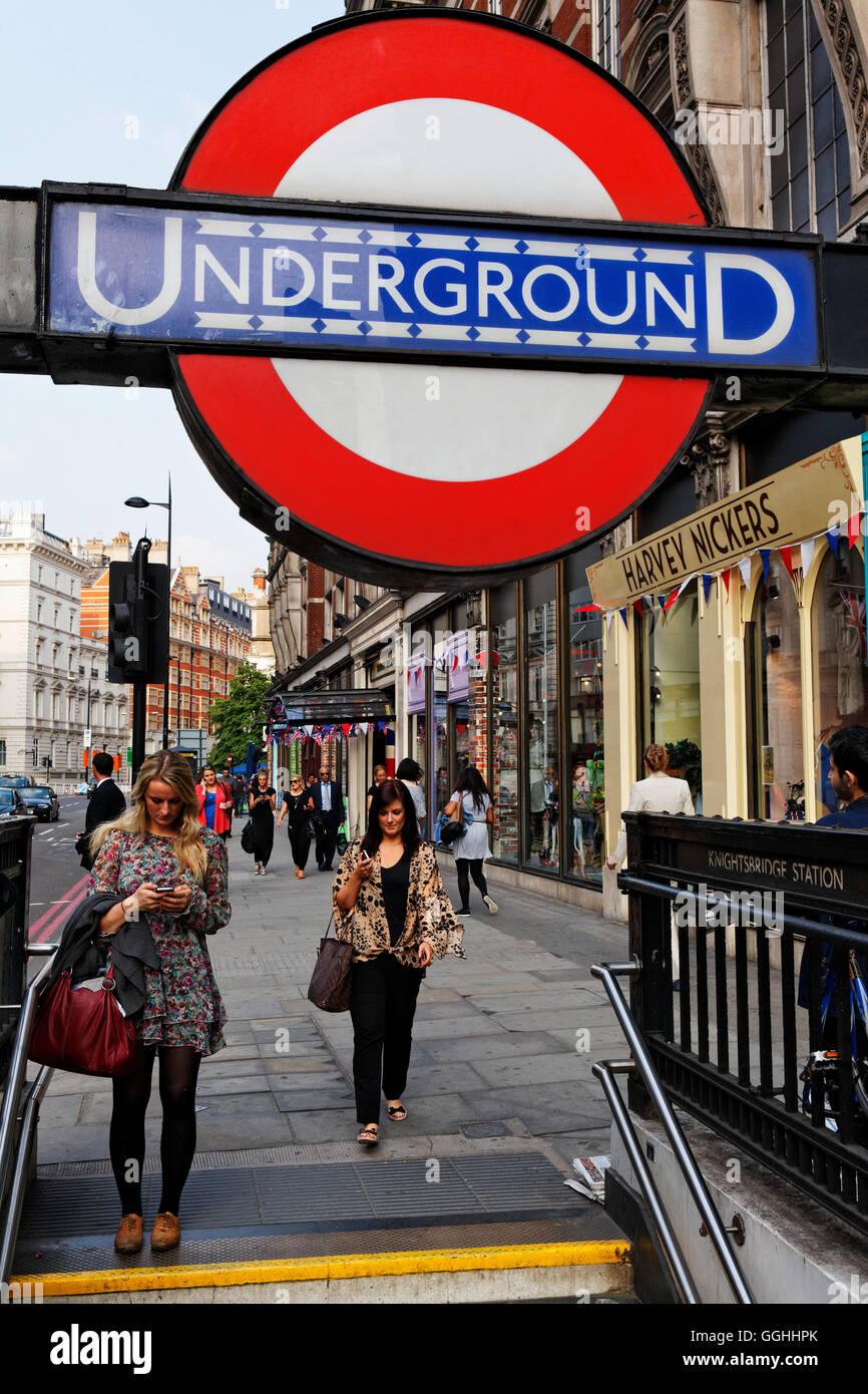 Underground station, Knightsbridge, London, England, United Kingdom - Stock Image