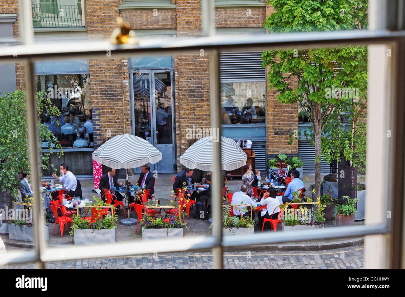Terrace, Bistrot Bruno Loubet in Hotel Zetter, St. John's Square, Clerkenwell, London, England, United Kingdom - Stock Image