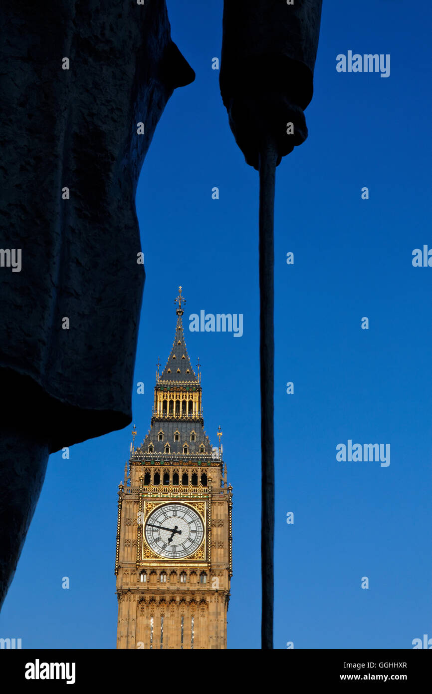 Statue of Churchill on Parliament Square, Big Ben in the background, Westminster, London, England, United Kingdom - Stock Image