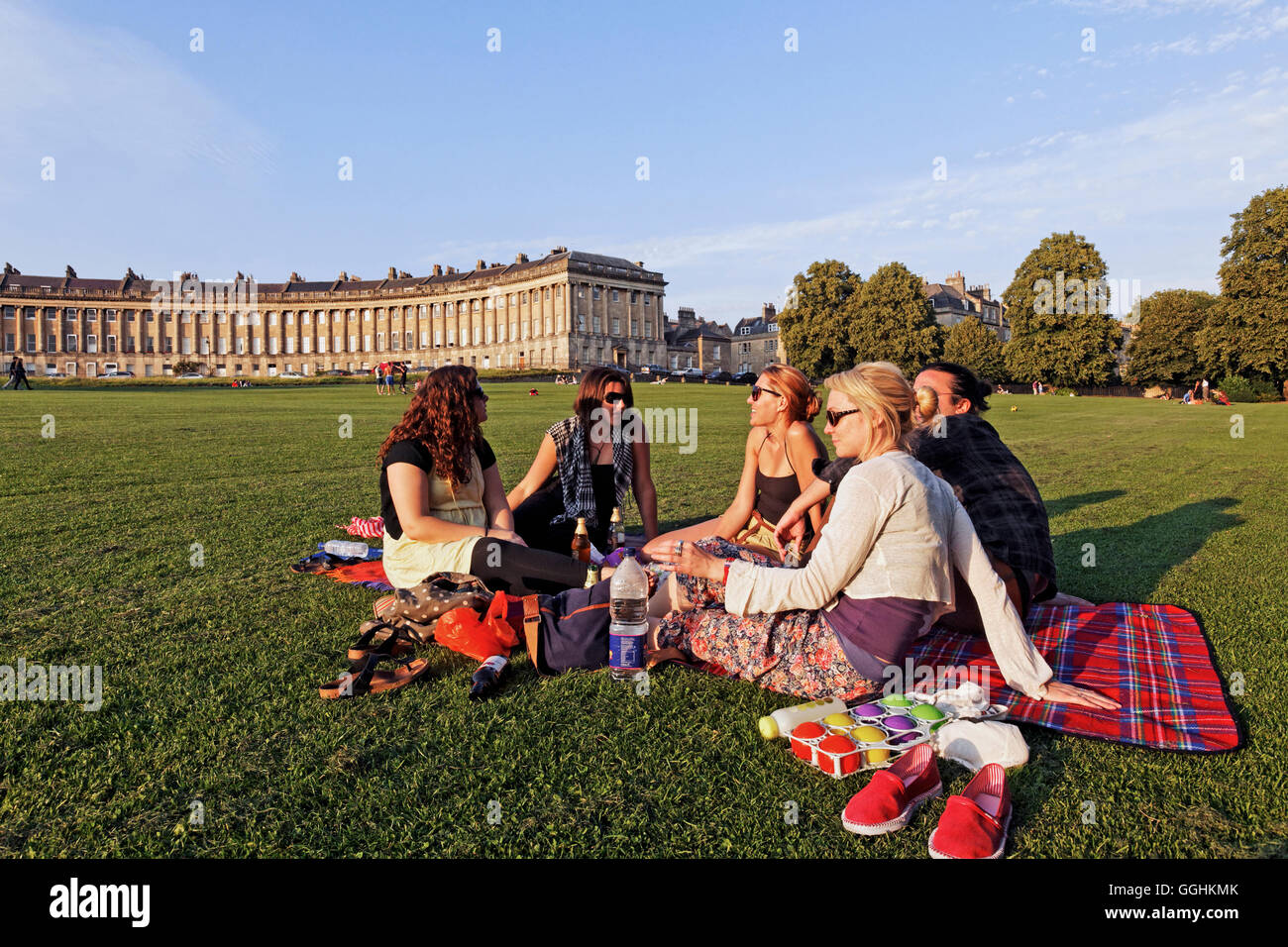 Picnic on the lawn at Royal Crescent, Bath, Somerset, England, Great Britain - Stock Image