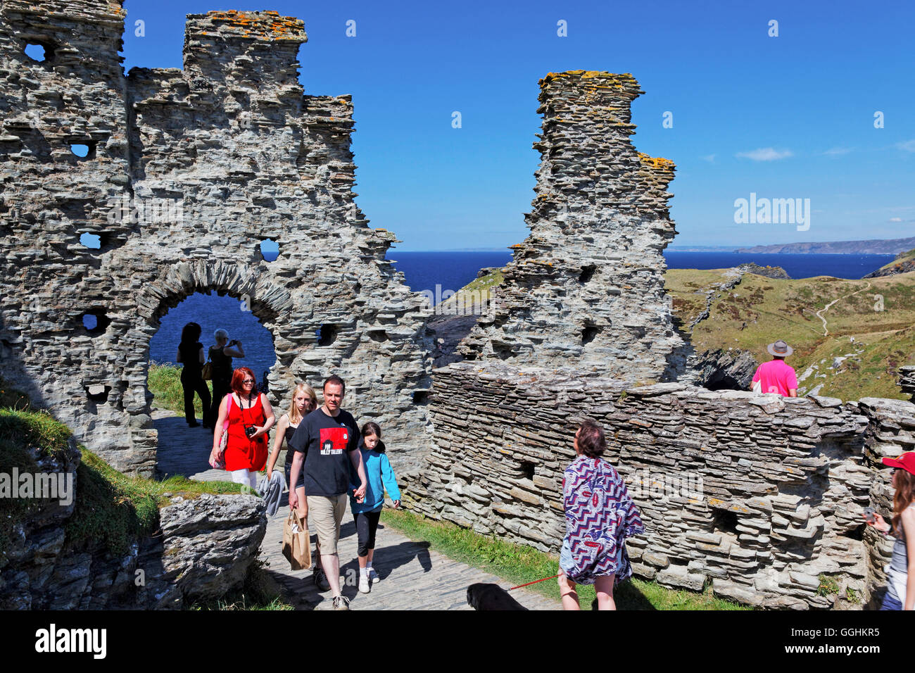 Tintagel Castle, associated with the legends surrounding King Arthur, Tintagel, Cornwall, England, Great Britain - Stock Image
