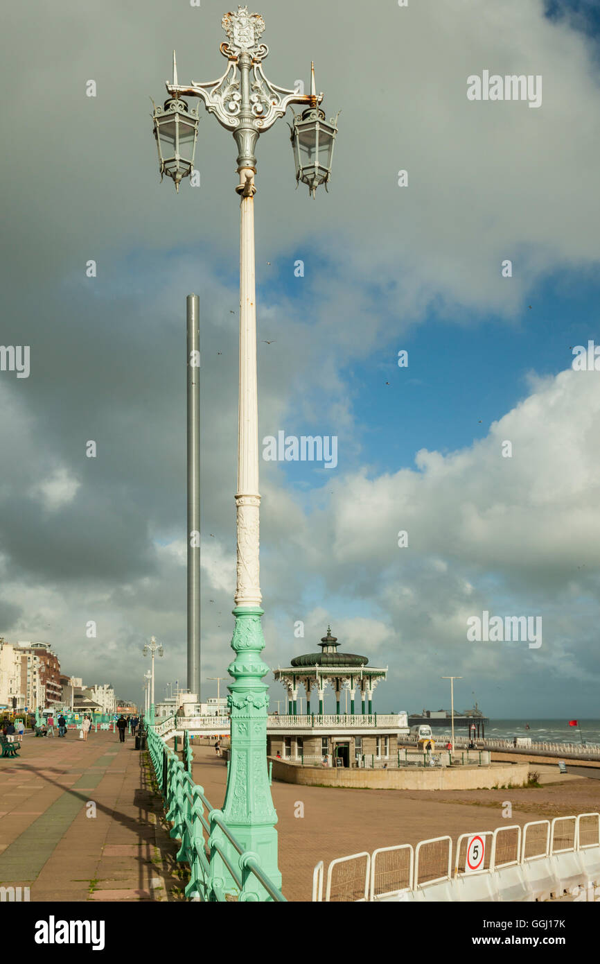 Summer afternoon on Brighton seafront, England. - Stock Image