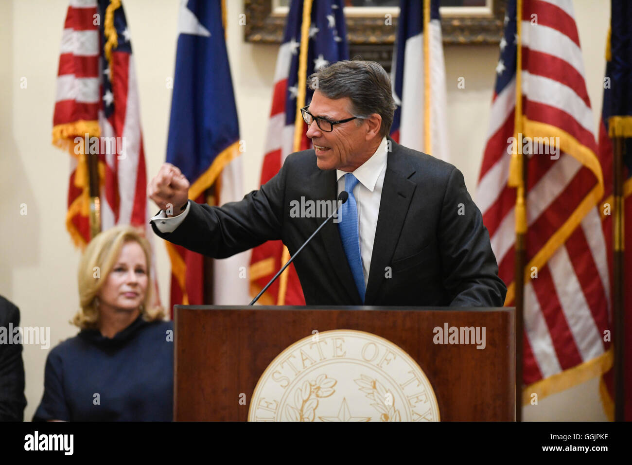Former Texas Governor Rick Perry is honored as his official portrait is unveiled in ceremonies Friday at the Texas - Stock Image