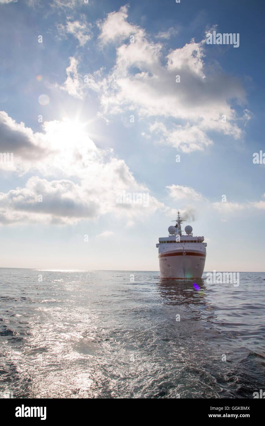 Cruise ship MS Deutschland (Reederei Peter Deilmann) in Mediterranean Sea, Isola di Capri, Campania, Italy - Stock Image