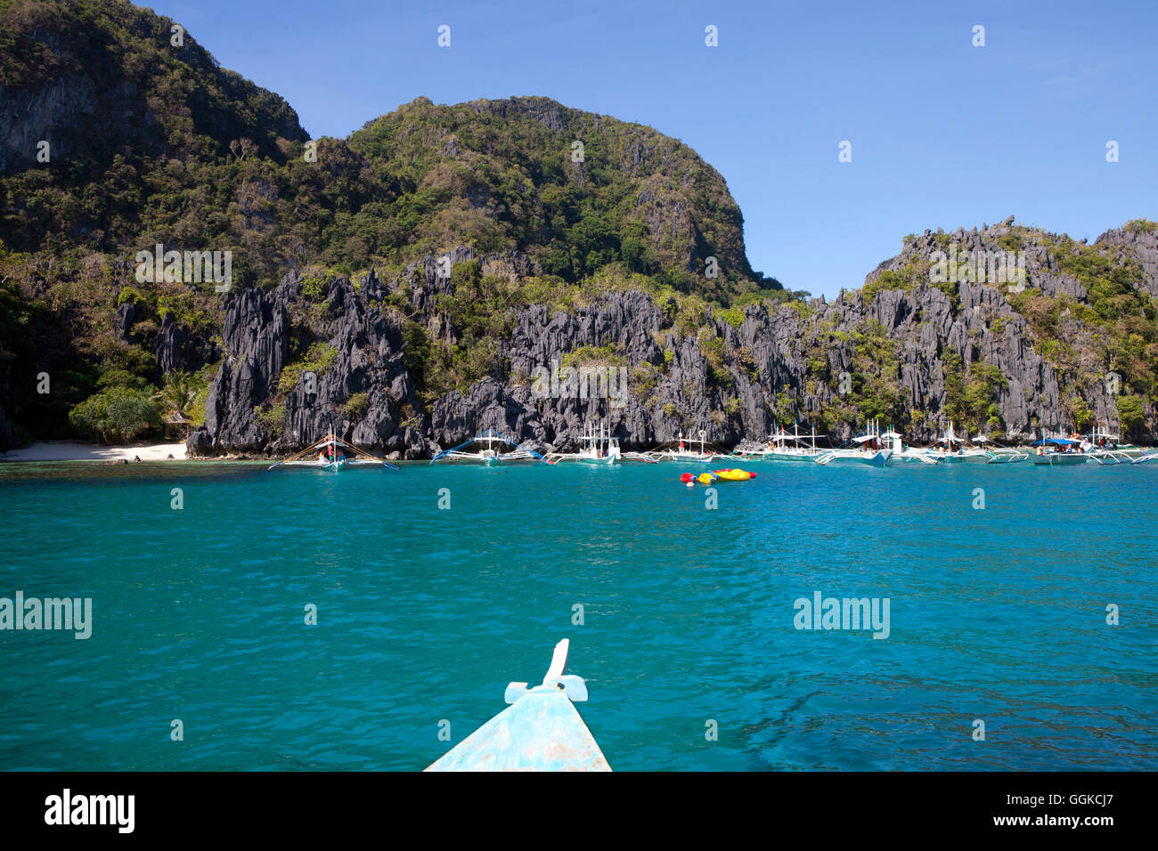 Excursion boats in the Archipelago Bacuit near El Nido, Palawan Island, South China Sea, Philippines, Asia - Stock Image