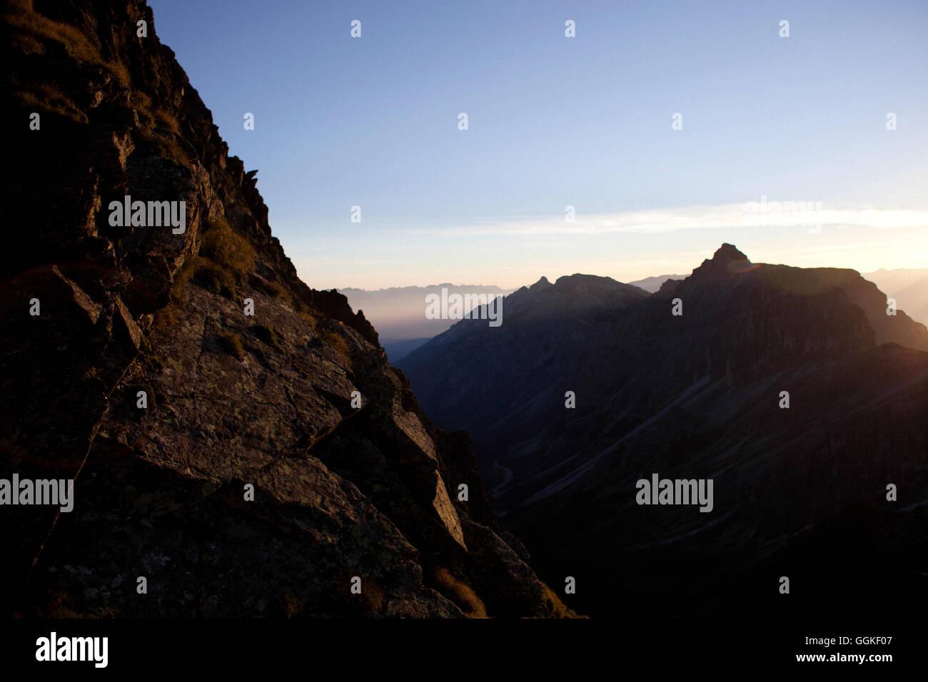 Sunrise, ascend to Habicht (3277 m), Stubai Alps, Tyrol, Austria - Stock Image