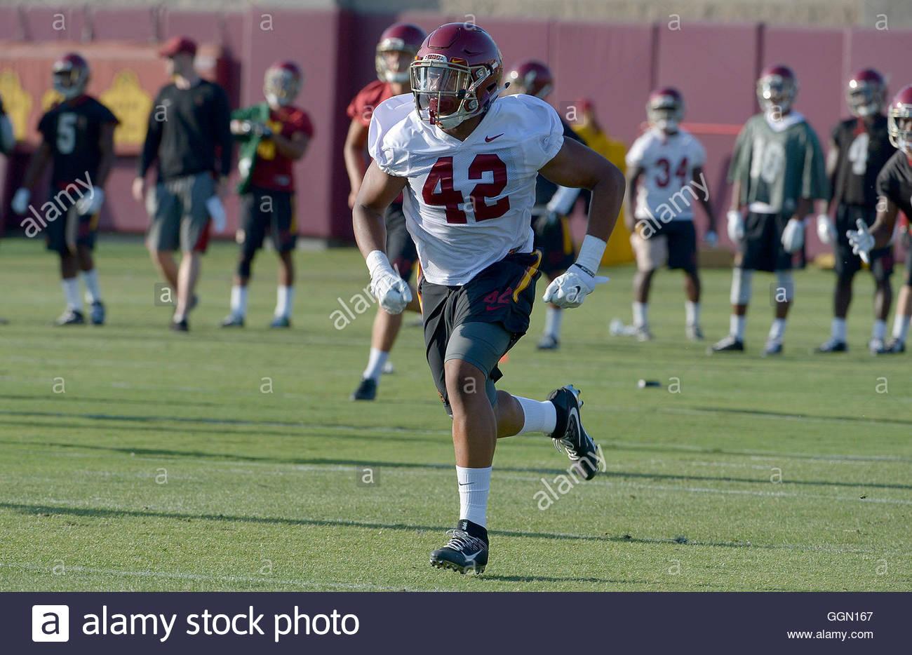 Los Angeles, California, USA. 5th Aug, 2016. USC linebacker Uchenna Nwosu (42) during football practice at Howard - Stock Image